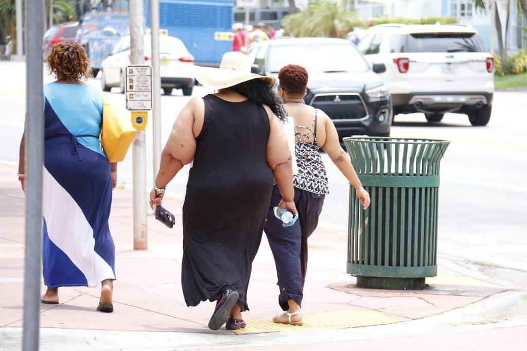 obesity-993126_1280-1