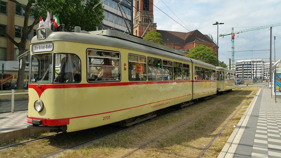 dusseldorf-1138586_960_720