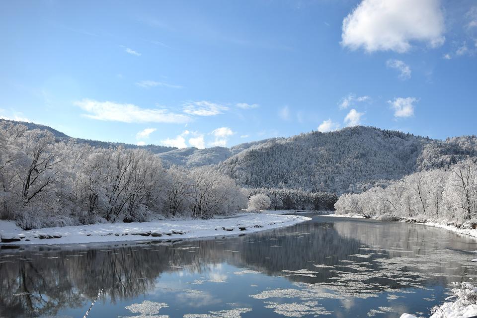 poprad-river-1114930_960_720